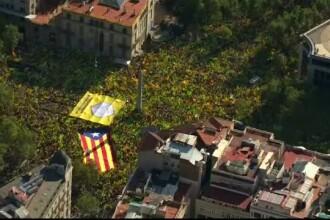 Jumătate de milion de oameni în stradă pentru independenţa Cataloniei