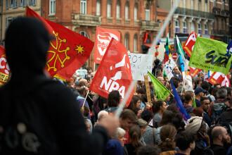 Macron se confruntă cu primele proteste în calitate de președinte