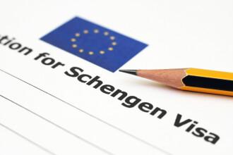Comisia Europeană îndeamnă Consiliul European să accepte România şi Bulgaria în zona Schengen