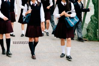 O elevă din SUA a fost dată afară de la ore din cauza ținutei