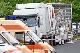Camion turcesc cu 51 de migranți la bord oprit de poliţia germană. În ce stare erau