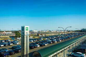 American dispărut de 8 luni, găsit fără suflare în parcarea unui aeroport