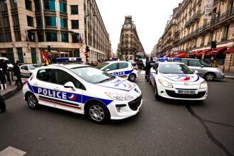 O grupare de români a furat în Franța sute de volane și sisteme de navigație de la mașini de lux