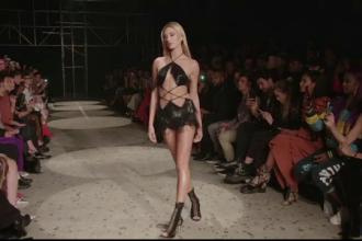 Cea mai sexy colecţie la Săptămâna Modei de la Londra prezentată de Julien Macdonald