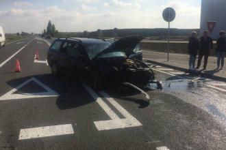Accident grav în Timișoara. 3 persoane au fost transportate la spital