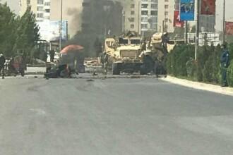 Atac în Kabul asupra unui convoi NATO. Sunt cel puţin 5 răniţi