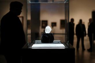 Cel mai mare diamant din lume, vândut pentru 53 de milioane de dolari