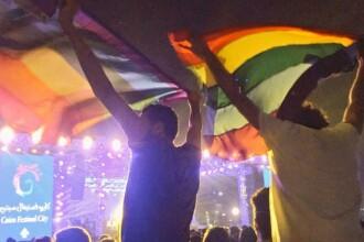 Șapte persoane, arestate în Egipt, după ce au venit cu un steag LGBT la un concert