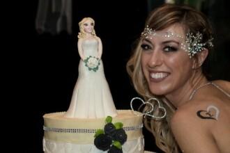 O italiancă s-a căsătorit cu ea însăși:
