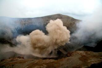 Insulă din Vanuatu, evacuată în întregime. Un vulcan va provoca o erupție majoră