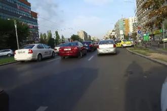 Cum se calculează noua taxă auto pregătită de Guvern. Şoferii români plătesc tot mai mult de la an la an