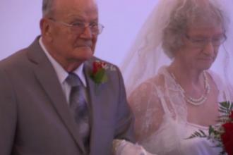 Aproape de 100 de ani, un pensionar și-a organizat nunta. Cum arată mireasa lui