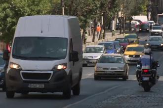Ziua în care ar putea fi interzise mașinile în București. Cui îi aparține propunerea