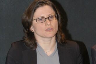 Macron, de partea șefului federației de fotbal într-o dispută cu ministrul Roxana Mărăcineanu