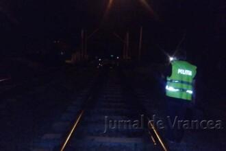Un șofer din Vrancea a lovit un pieton apoi s-a sinucis, aruncându-se în fața trenului