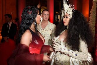 Cardi B și Nicki Minaj s-au luat la bătaie la Săptămâna Modei de la New York. VIDEO