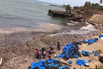 Soluția găsită de un tânăr pentru a curața apa oceanelor de tonele de gunoaie