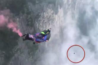 Un parașutist era să intre în coliziune cu o pasăre. Manevra care i-a salvat viața