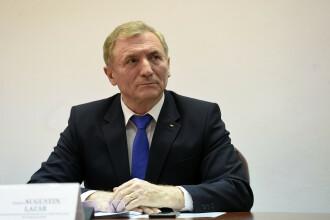 Augustin Lazăr a depus cererea de pensionare şi renunţă să candideze pentru un nou mandat