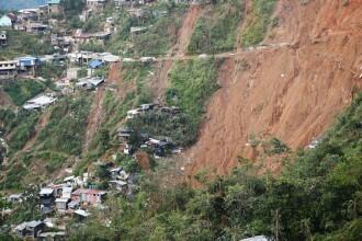 Taifunul Mangkhut: zeci de persoane îngropate, după alunecările de teren