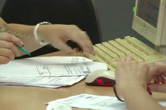 Explicația unui român care preferă să stea la coadă, în loc să își depună formularele pe internet