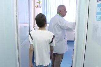 O fată în vârstă de 13 ani a ajuns la spital după ce a fost agresată de o colegă, la Constanța