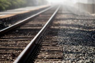 Un tren de pasageri a deraiat în Bistriţa-Năsăud. Este al patrulea în ultima săptămână