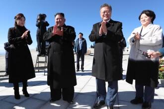 Kim Jong-un și Moon Jae-in au vizitat muntele sacru Paektu. VIDEO cu ritualul bizar