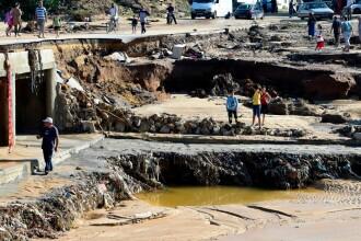 4 morţi în Tunisia în urma ploilor torenţiale. Două surori au fost luate de ape când ieşeau de la muncă