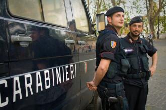 Carabinierii le-au confiscat apartamentul unor români din Italia din cauza postărilor pe Facebook