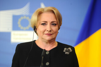 """Dăncilă: Şeful CNAIR """"pleacă acasă"""" dacă până pe 31 decembrie nu sunt finalizaţi 100 de km de autostradă"""