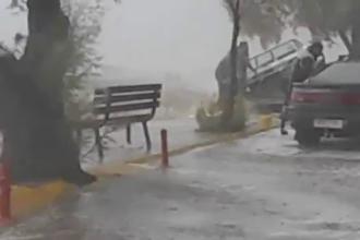 Coduri portocaliu şi roşu de furtuni puternice. Avertismentul transmis de MAE românilor