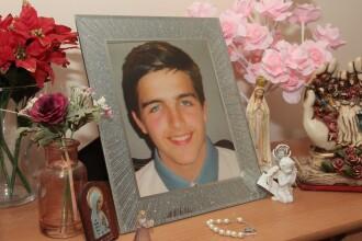 Un tânăr s-a sinucis după ce a fost hărțuit pe Xbox. Ce i-a cerut mamei înainte să moară