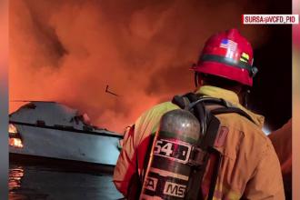 Tragedie uriaşă în California. 34 de oameni, dispăruţi pe o ambarcaţiune în flăcări