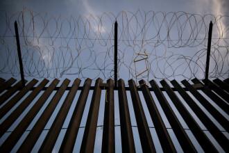 Suma uriașă pe care Pentagonul o deblochează pentru zidul de la granița cu Mexicul