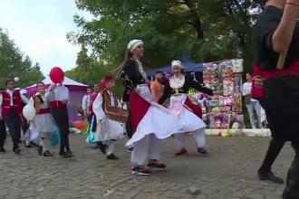 Sărbătoare cu mici, fasole cu ciolan şi Goran Bregovic, la Târgovişte