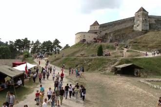 Număr record de turiști la munte, în acest weekend. Locurile cele mai aglomerate