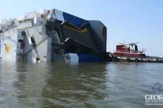 Tragedie în SUA. Un vas care transporta autoturisme s-a răsturnat