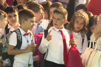 Așteptările elevilor în prima zi de școală. Replica lui Iohannis la care au început să râdă