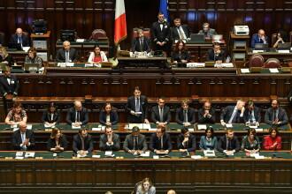 Guvernul lui Giuseppe Conte a primit votul de încredere al deputaților italieni