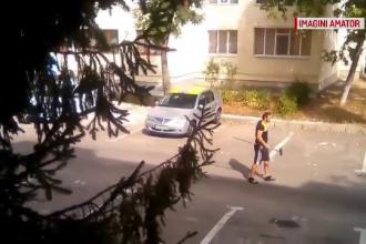 Scene șocante în Pitești. A bătut cu grebla un bărbat care îi luase locul de parcare