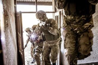 Cum a reușit un luptător SAS să ucidă 5 teroriști în 7 secunde