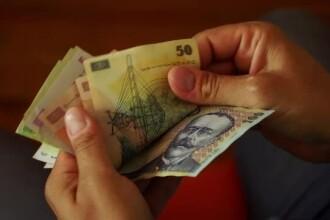 Leul scade când economia României crește. Previziunile sumbre ale analiștilor