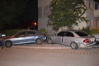 Șofer fără permis, urmărit cu focuri de armă în Constanța. A lovit patru mașini