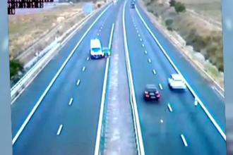 Accident pe A1 filmat de camerele de supraveghere. Ce făcea șoferul vinovat