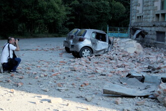 Cutremur în apropierea României. Oameni, loviți de dărâmături când fugeau din case