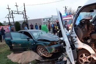 Accident cu 6 răniți, printre care și 4 copii, după o depășire neregulamentară în Lugoj