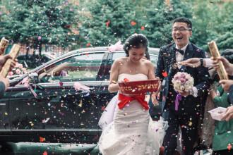 Motivul pentru care 11 chinezi s-au căsătorit între ei şi au divorţat de 23 de ori