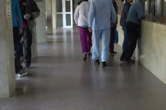 Medic din Neamț prins în flagrant când lua mită de la rudele unui pacient operat