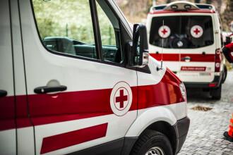 Scene tragice în județul Argeș. Un mort și 3 răniți în urma unei coliziuni dintre 2 mașini